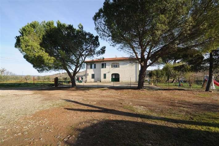 Rustico / Casale in vendita a Suvereto, 12 locali, prezzo € 630.000 | CambioCasa.it