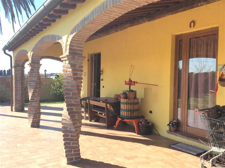 Rustico / Casale in vendita a Piombino, 9 locali, prezzo € 550.000 | Cambio Casa.it