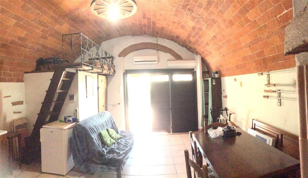 Appartamento in vendita a Piombino, 5 locali, zona Zona: Riotorto, prezzo € 210.000 | Cambio Casa.it