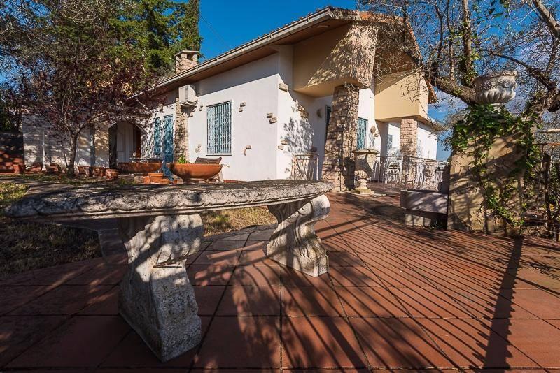 Villa in vendita a Campiglia Marittima, 5 locali, prezzo € 350.000 | Cambio Casa.it