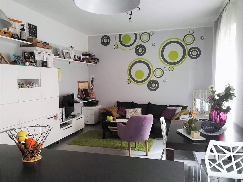 Appartamento in vendita a Piombino, 2 locali, prezzo € 120.000 | Cambio Casa.it