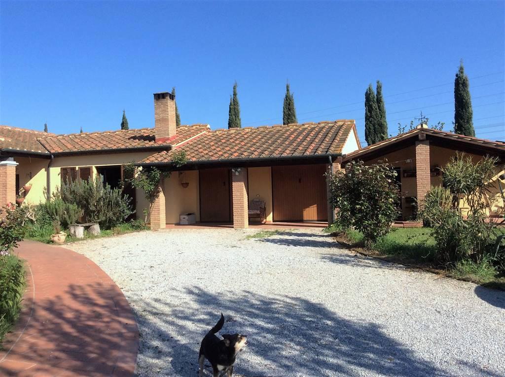 Villa in vendita a Campiglia Marittima, 5 locali, zona Zona: Venturina, prezzo € 330.000 | Cambio Casa.it
