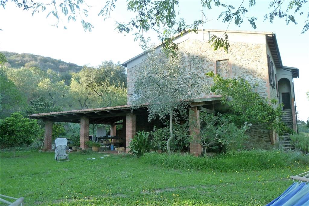 Rustico / Casale in vendita a Piombino, 8 locali, prezzo € 500.000 | Cambio Casa.it