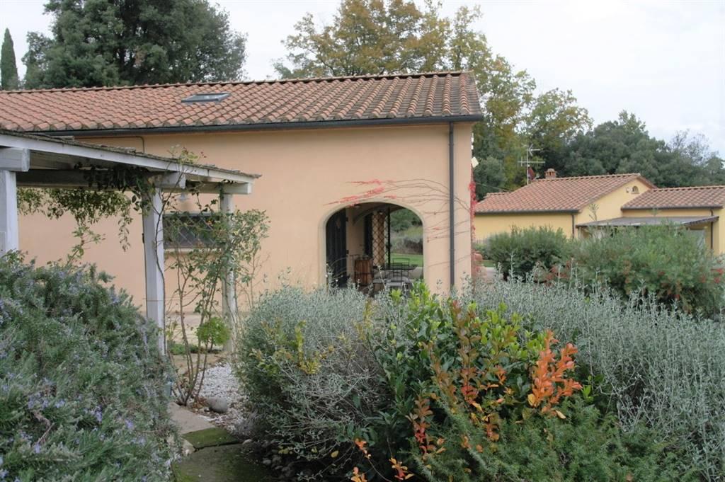 Villa in Vendita a Monteverdi Marittimo