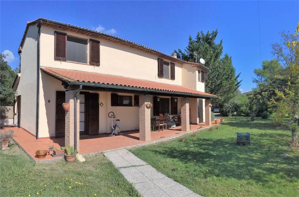 Rustico / Casale in vendita a Suvereto, 5 locali, prezzo € 420.000 | CambioCasa.it