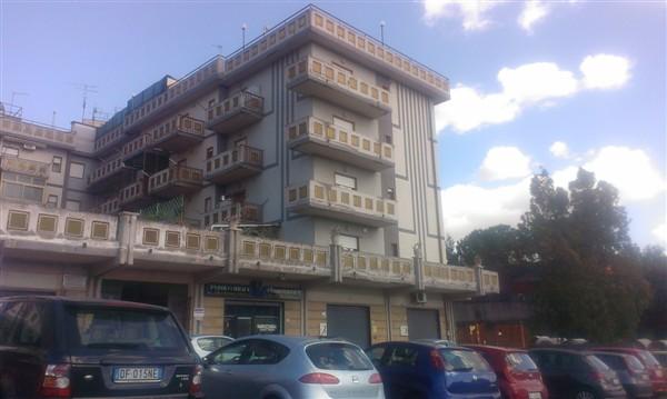Appartamento in vendita a Carlentini, 5 locali, zona Località: SANTUZZI, prezzo € 150.000 | Cambio Casa.it