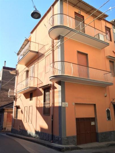 Casa singola in Via G. Giudice, Lentini