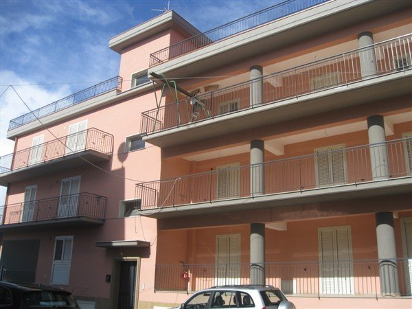 Quadrilocale in P.zza Del Popolo, Lentini