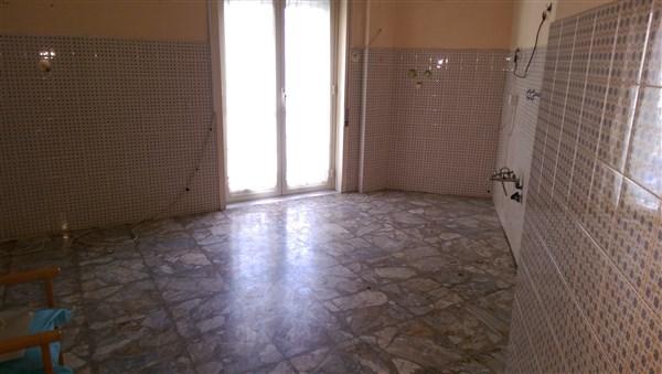 Appartamento in vendita a Lentini, 4 locali, prezzo € 72.000 | CambioCasa.it