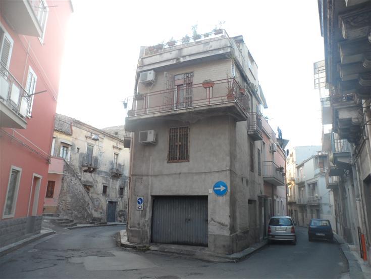 Casa singola, Lentini