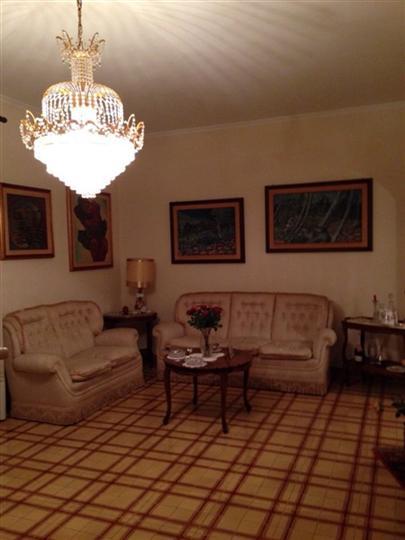 Appartamento in vendita a Lentini, 4 locali, prezzo € 120.000 | Cambio Casa.it
