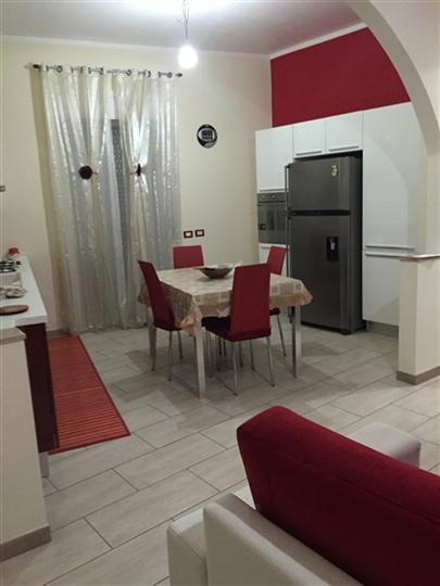 Soluzione Indipendente in vendita a Lentini, 5 locali, Trattative riservate | Cambio Casa.it