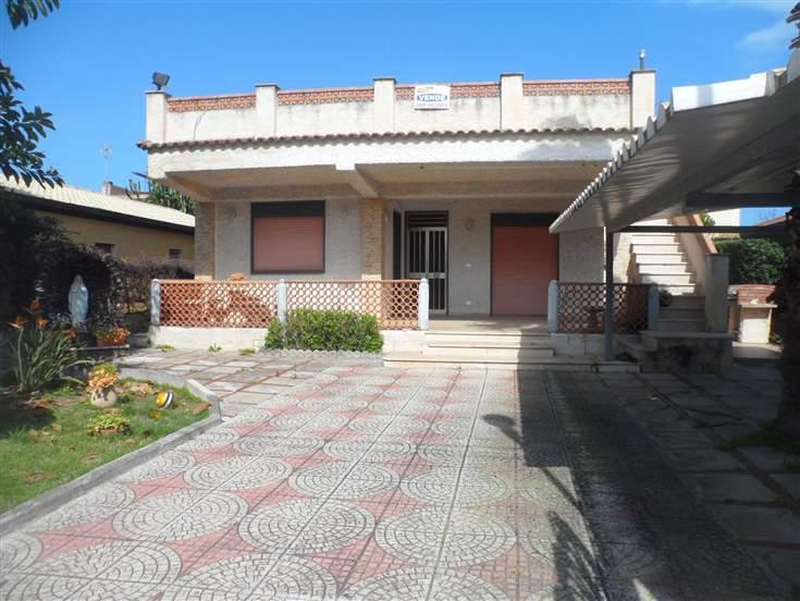 Villa in vendita a Augusta, 5 locali, zona Località: VILLAGGIO AGNONE, prezzo € 145.000 | Cambio Casa.it