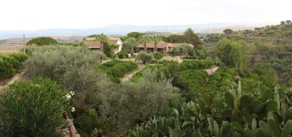 Villa in vendita a Militello in Val di Catania, 14 locali, zona Località: C.DA CHIUSA, Trattative riservate | Cambio Casa.it