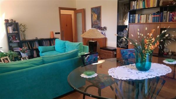 Appartamento in vendita a Carlentini, 5 locali, zona Località: SANTUZZI, Trattative riservate | Cambio Casa.it