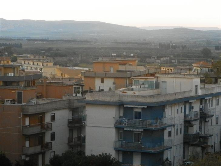 Box / Garage in vendita a Carlentini, 1 locali, zona Località: SANTUZZI, prezzo € 15.000 | Cambio Casa.it