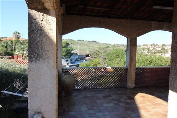 Villa in vendita a Augusta, 4 locali, zona Località: BAIA DEL SILENZIO, prezzo € 65.000   Cambio Casa.it