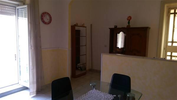 Soluzione Indipendente in vendita a Lentini, 4 locali, zona Località: BADIA, prezzo € 60.000 | Cambio Casa.it