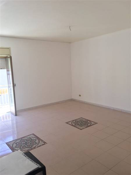 Appartamento in vendita a Carlentini, 4 locali, zona Località: SANTUZZI, prezzo € 90.000 | CambioCasa.it