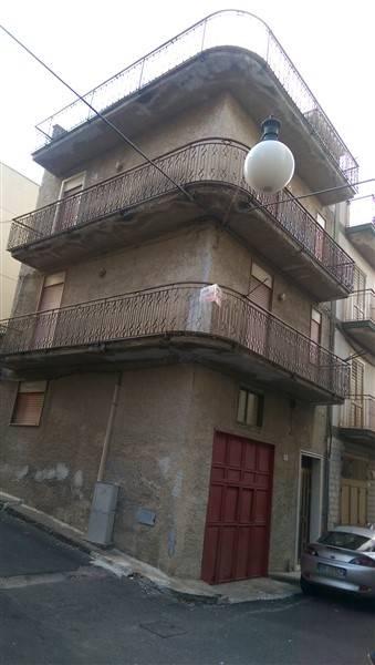Soluzione Indipendente in vendita a Carlentini, 5 locali, prezzo € 57.000 | Cambio Casa.it