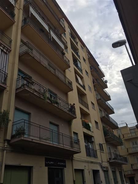 Appartamento in vendita a Lentini, 5 locali, zona Località: CENTRO, prezzo € 90.000 | Cambio Casa.it