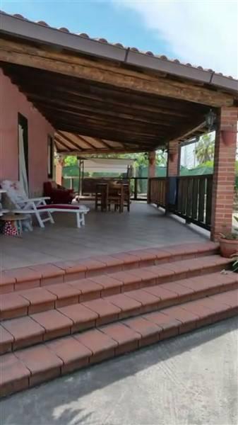 Villa in vendita a Catania, 5 locali, zona Località: VILLAGGIO SAN LEONARDO, prezzo € 140.000 | Cambio Casa.it