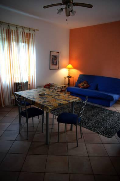 Appartamento in vendita a Augusta, 5 locali, zona Località: COSTA SARACENA, prezzo € 100.000 | CambioCasa.it