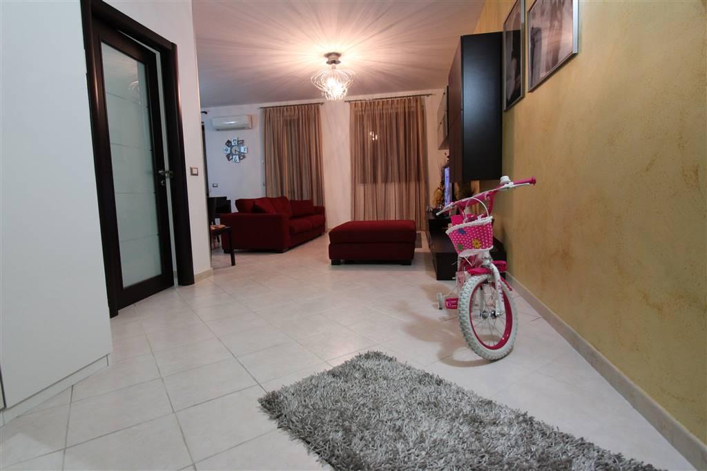 Appartamento in vendita a Lentini, 4 locali, prezzo € 90.000 | Cambio Casa.it