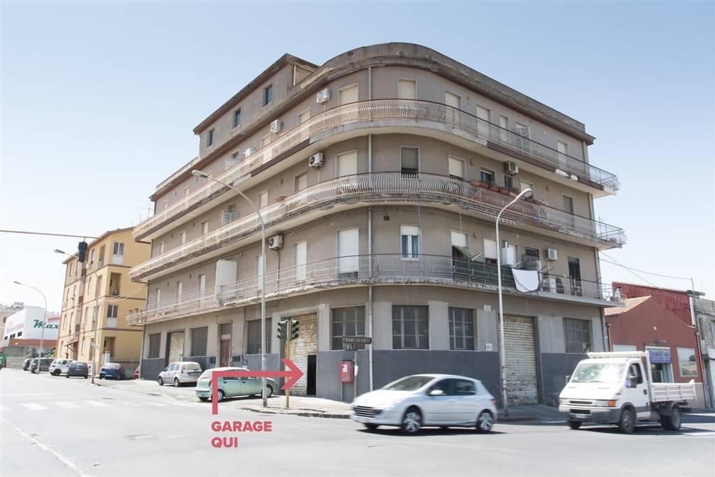 Magazzino in vendita a Lentini, 10 locali, zona Località: STAZIONE, prezzo € 155.000 | CambioCasa.it