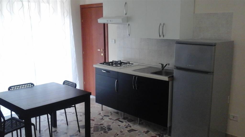 Appartamento in affitto a Carlentini, 1 locali, zona Località: CENTRO, Trattative riservate | Cambio Casa.it