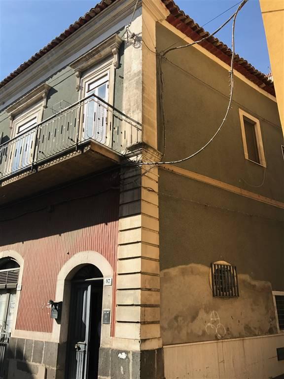Soluzione Indipendente in vendita a Carlentini, 5 locali, zona Località: CENTRO, Trattative riservate | CambioCasa.it