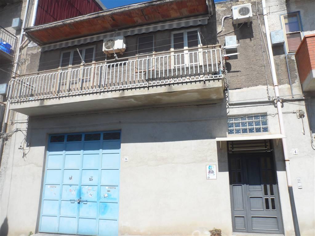 Soluzione Indipendente in affitto a Carlentini, 4 locali, prezzo € 300 | CambioCasa.it
