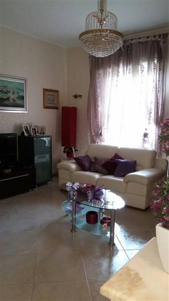 Appartamento in vendita a Lentini, 4 locali, zona Località: CENTRO, prezzo € 110.000 | CambioCasa.it