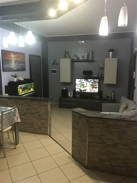 Appartamento in vendita a Carlentini, 3 locali, prezzo € 55.000 | CambioCasa.it