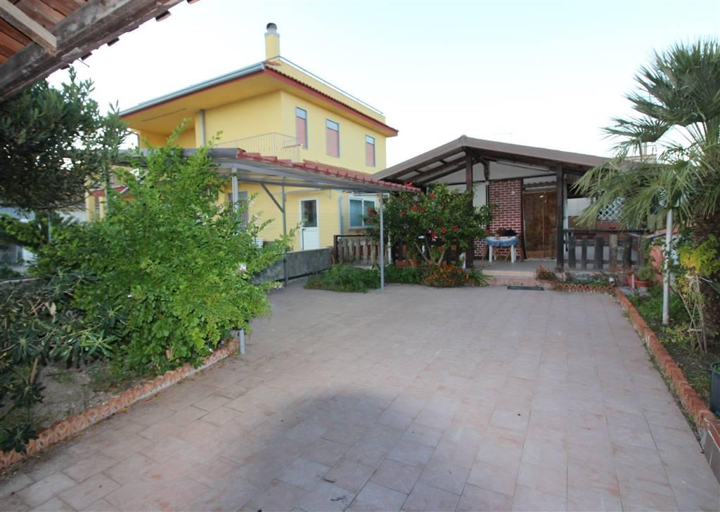 Villa in vendita a Augusta, 2 locali, zona Località: VILLAGGIO MARINA, prezzo € 35.000 | CambioCasa.it