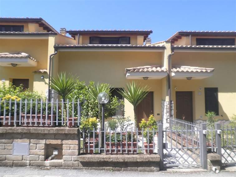 Villa in vendita a Capena, 3 locali, zona Località: CENTRO, prezzo € 229.000 | Cambio Casa.it