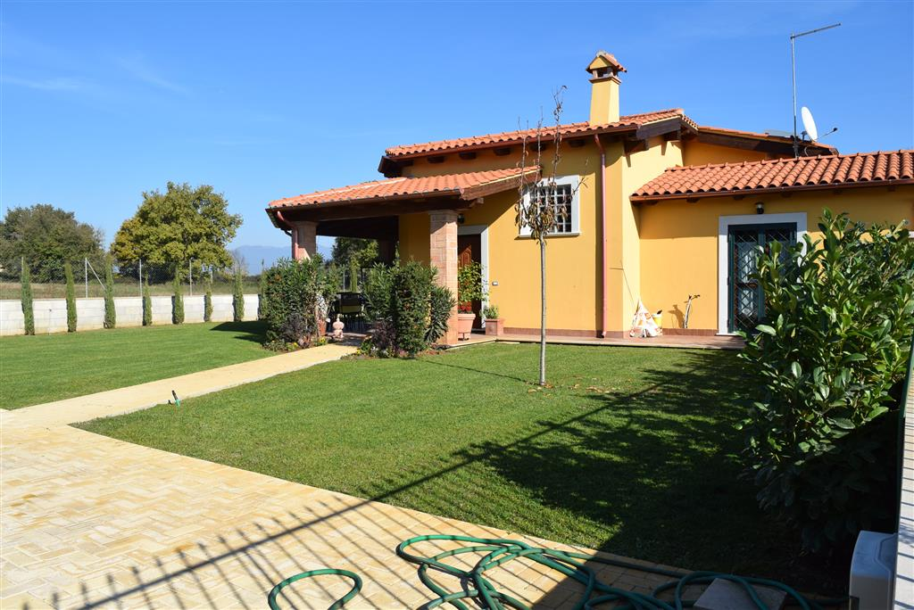Villa in vendita a Fiano Romano, 3 locali, prezzo € 285.000 | Cambio Casa.it