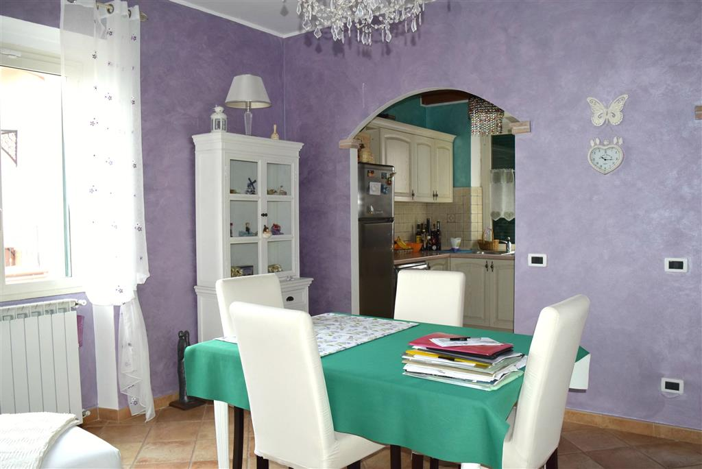 Appartamento in vendita a Fiano Romano, 3 locali, zona Località: CENTRO, prezzo € 149.000 | Cambio Casa.it