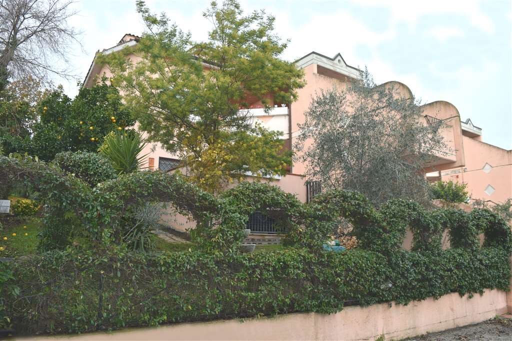 Villa a Schiera in vendita a Capena, 4 locali, zona Località: LE PIANE, prezzo € 199.000   Cambio Casa.it