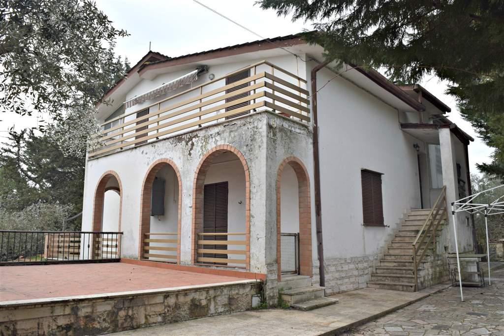 Soluzione Indipendente in vendita a Capena, 10 locali, prezzo € 259.000 | Cambio Casa.it