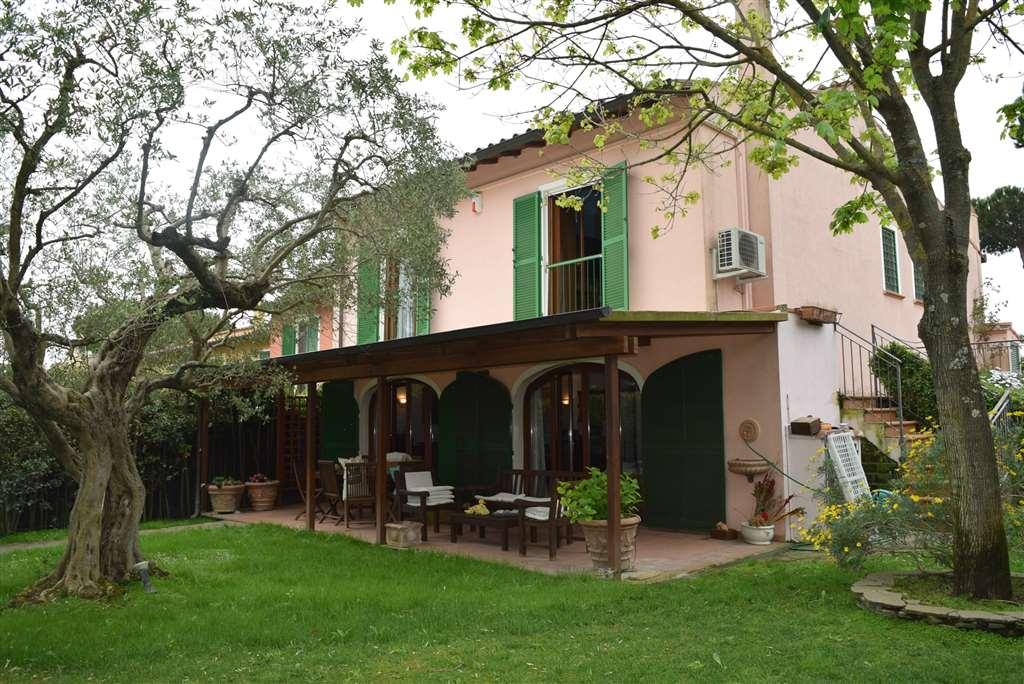 Villa in vendita a Formello, 8 locali, zona Zona: Le Rughe, prezzo € 590.000 | CambioCasa.it