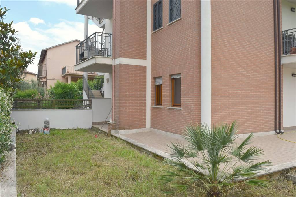 Appartamento in vendita a Fiano Romano, 2 locali, zona Località: CENTRO, prezzo € 92.000 | CambioCasa.it