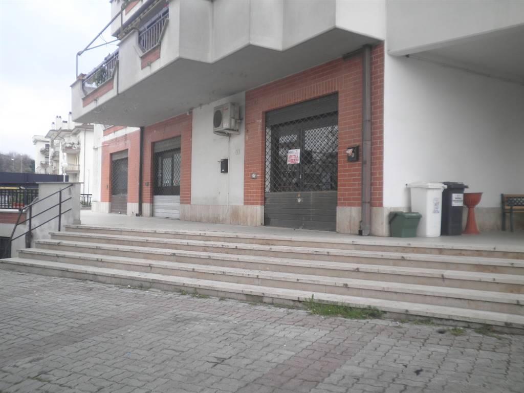 Negozio / Locale in affitto a Fiano Romano, 1 locali, zona Località: CENTRO, prezzo € 680 | Cambio Casa.it