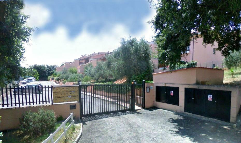 Appartamento in vendita a Capena, 3 locali, zona Località: CENTRO, Trattative riservate   Cambio Casa.it
