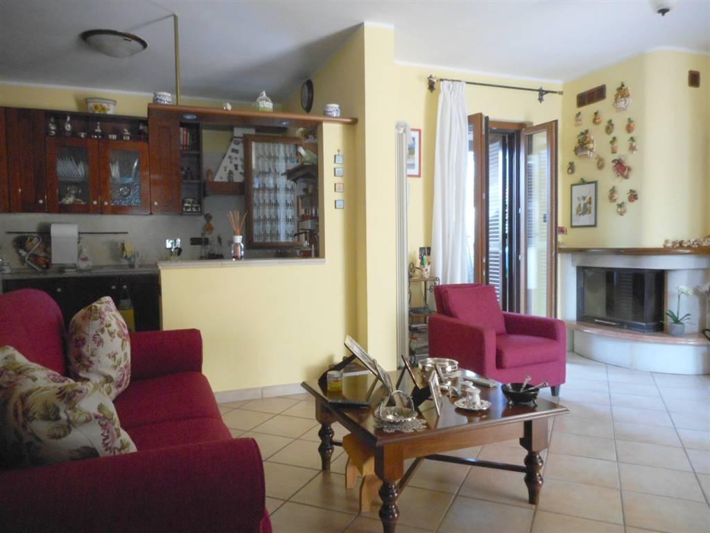 Villa in vendita a Capena, 4 locali, prezzo € 197.000 | CambioCasa.it
