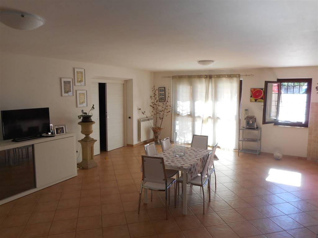 Appartamento in affitto a Fiano Romano, 2 locali, prezzo € 500 | CambioCasa.it