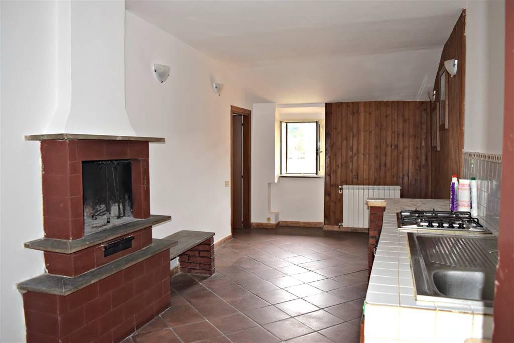 Appartamento in affitto a Capena, 2 locali, prezzo € 390 | Cambio Casa.it