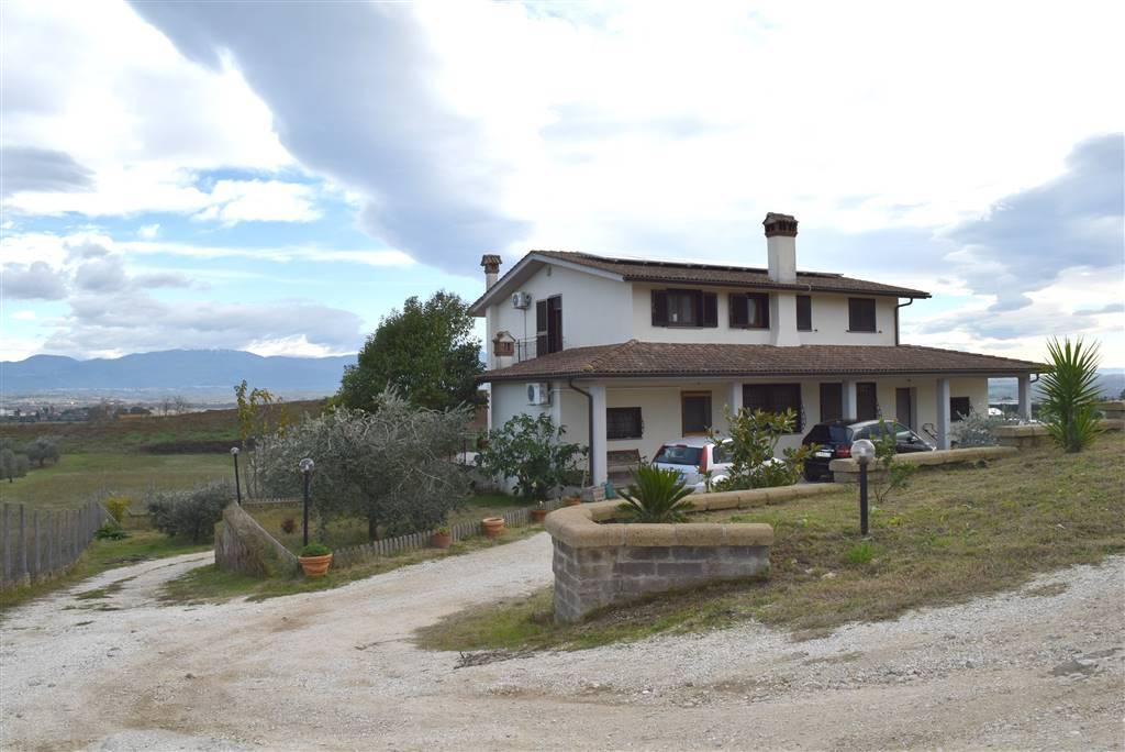 Villa in affitto a Fiano Romano, 6 locali, Trattative riservate | Cambio Casa.it