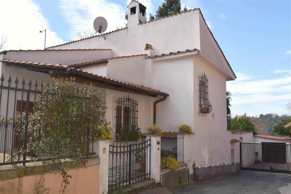 Villa in vendita a Capena, 6 locali, prezzo € 320.000 | CambioCasa.it