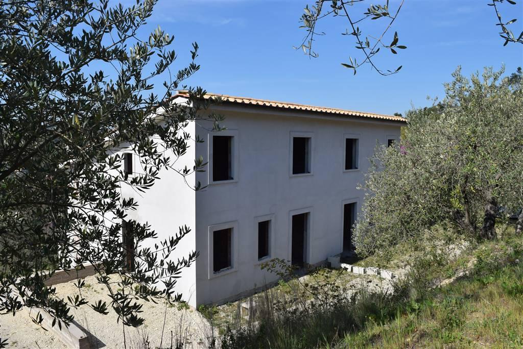 Rustico / Casale in vendita a Fiano Romano, 5 locali, prezzo € 149.000   Cambio Casa.it